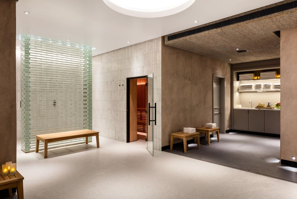 Heathrow Spa and Gym shower relaxation area