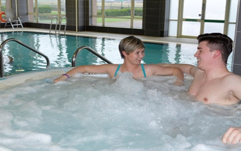 Centre for Health & Wellbeing - poolside spa bath