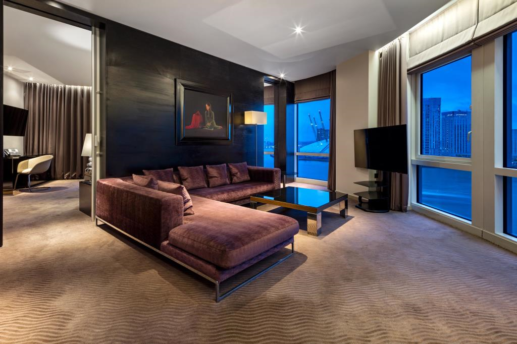 New Providence Wharf Bedroom Penthouse Suite