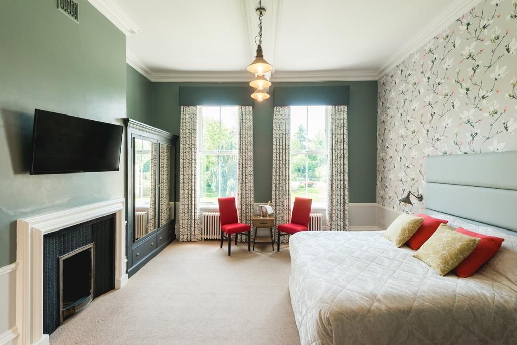 Hothorpe Superior bedroom