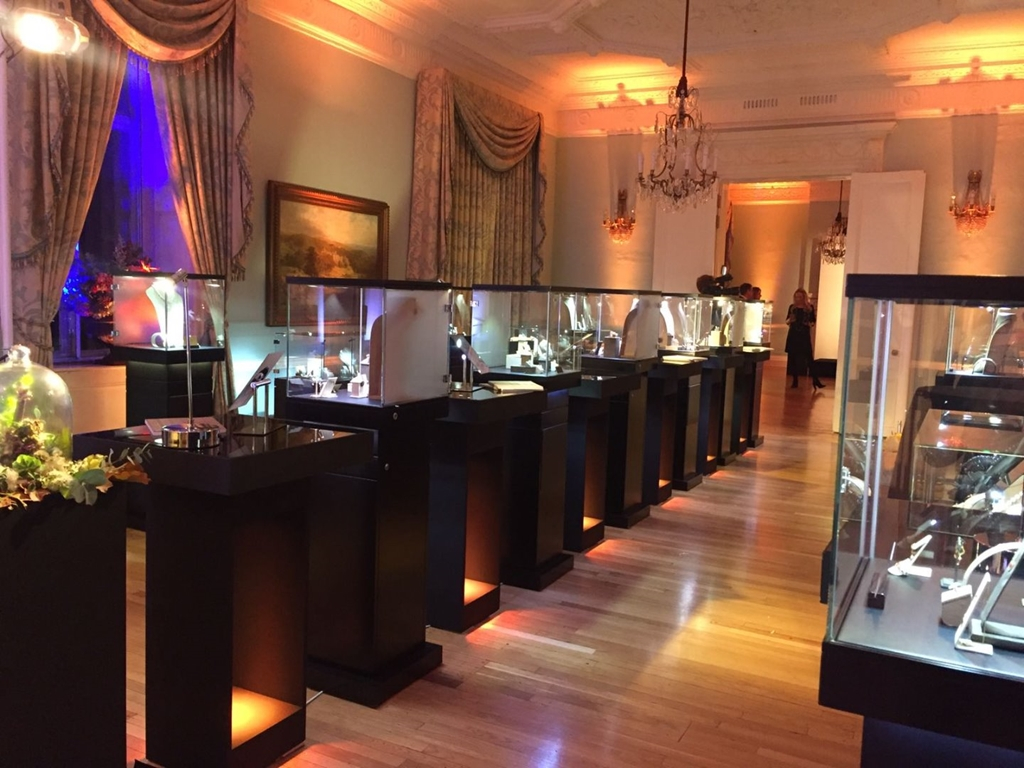 Long Drawing Room - product launch