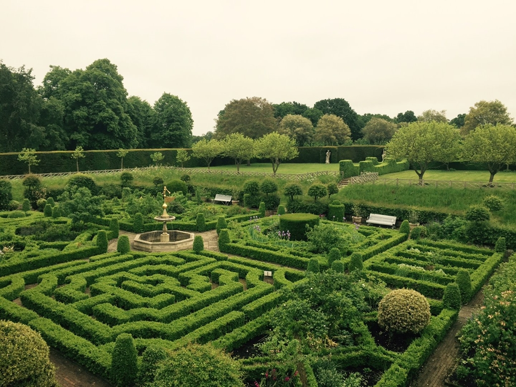 Knot Garden and Raised Lawn