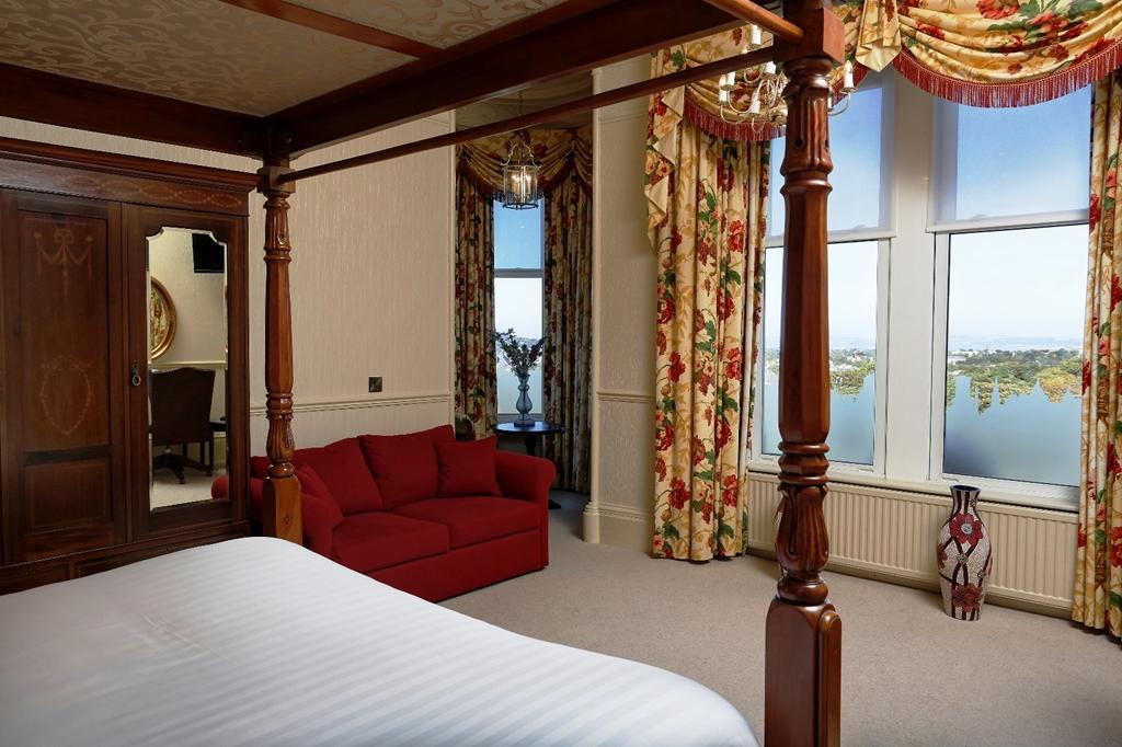 Bridal Suite with Castle views