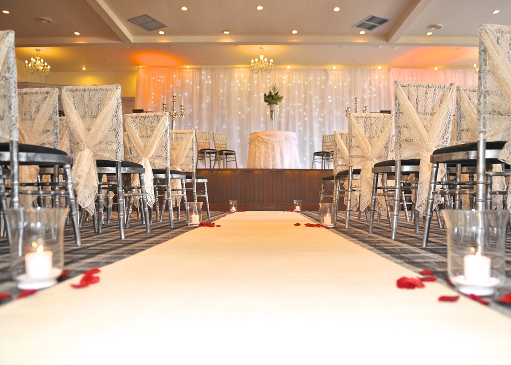 Wedding ceremonies for up to 120 guests
