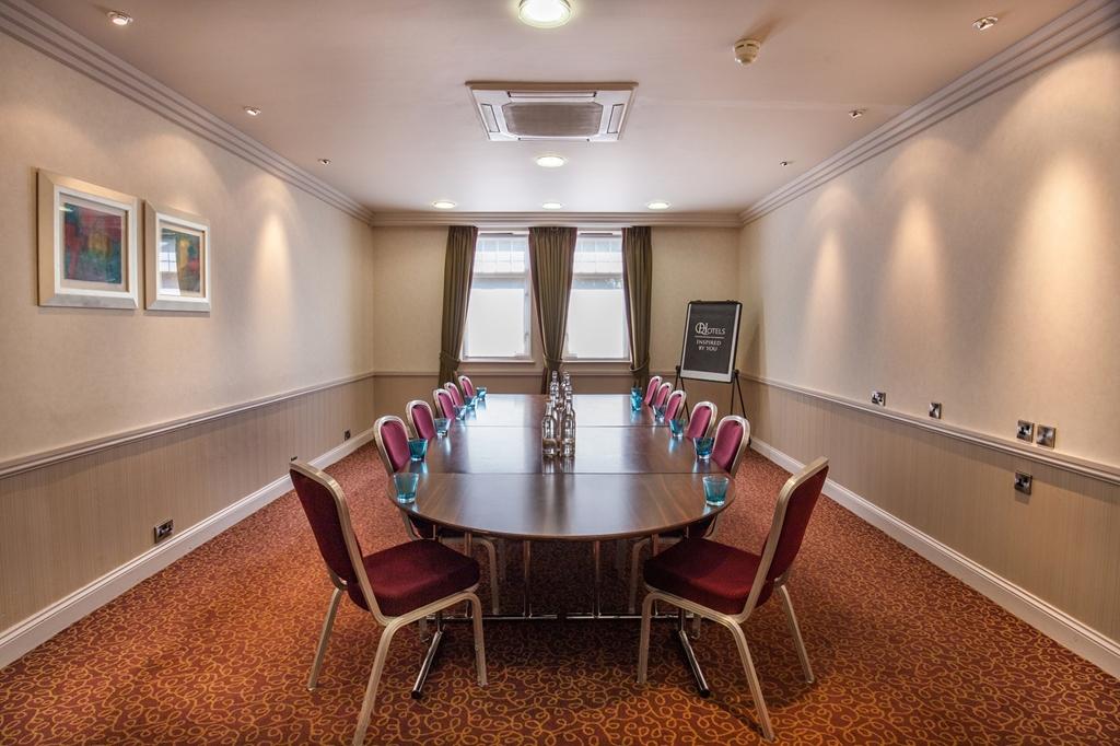 Clopton- Boardroom x 12