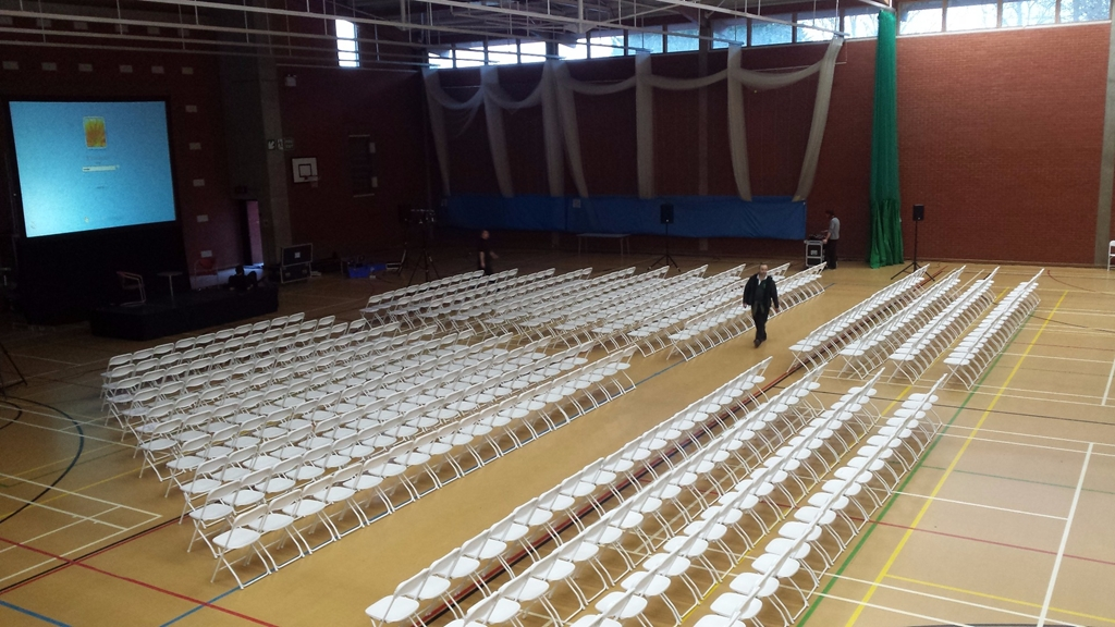 Sports Hall set for 400 delegates (700 capacity)