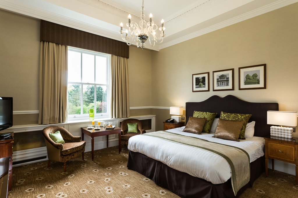 West Wing Executive Room