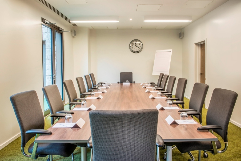Orchard Hotel - Discovery - Boardroom Set up