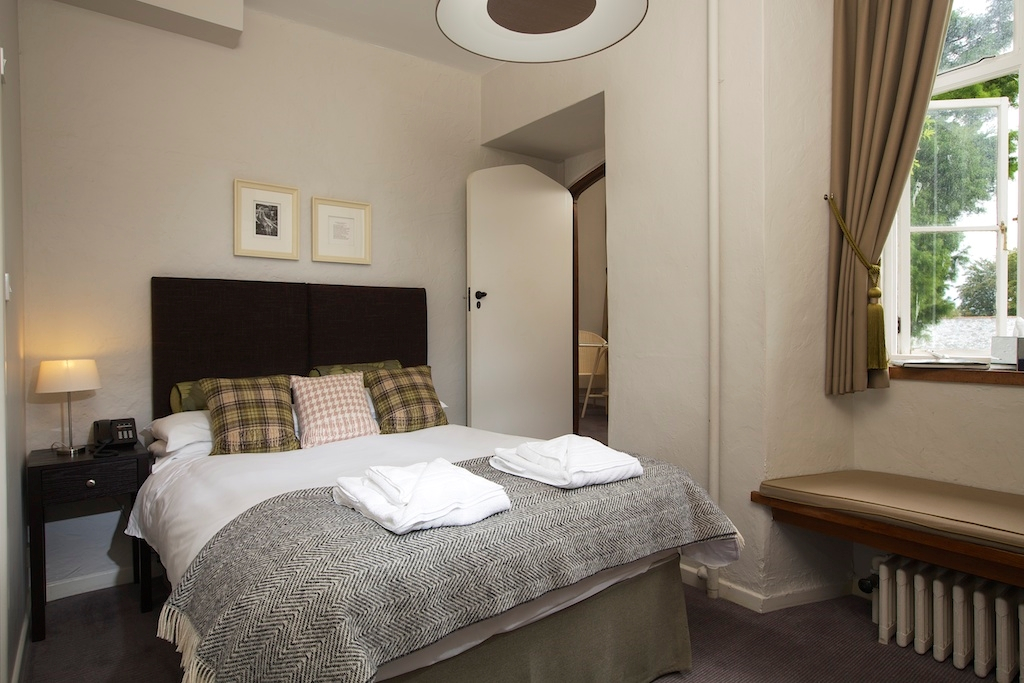 Rm9 Double ensuite bedroom
