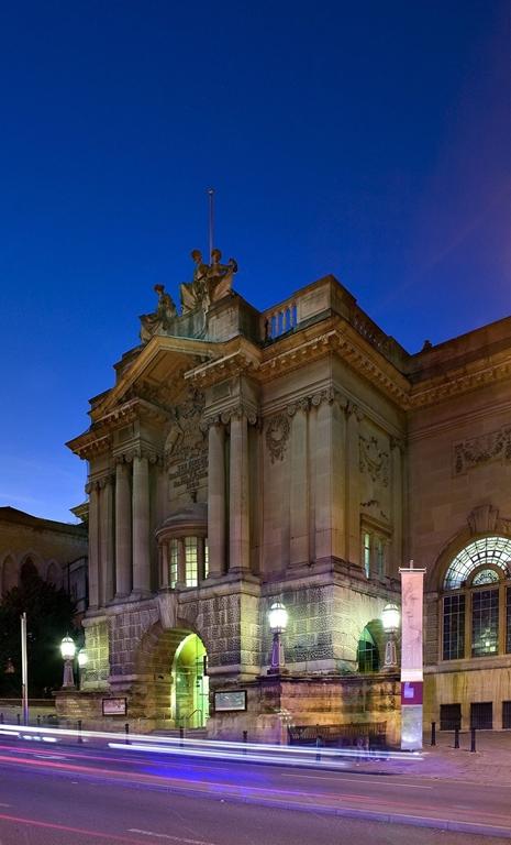 Bristol Museum and Art Gallery - Exterior