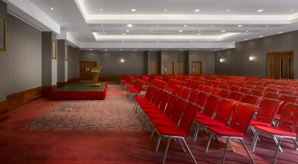 Auger suite in a theatre style layout
