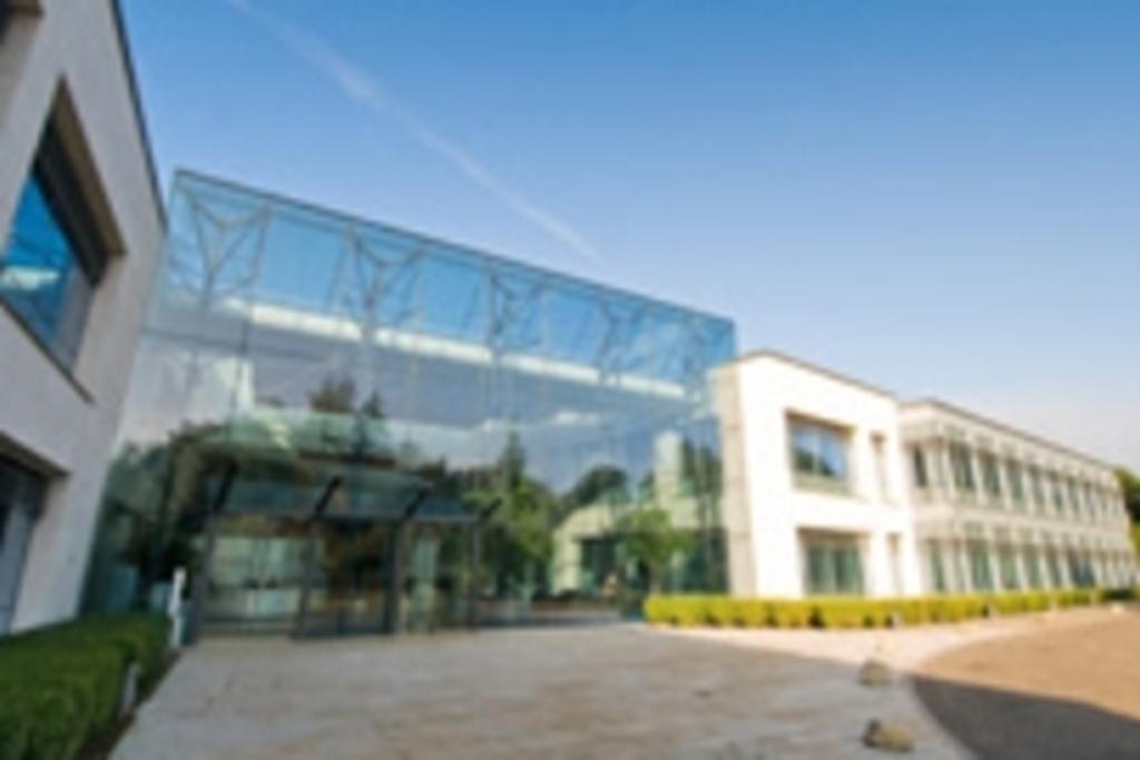 Regus Chertsey Hillswood Business Park