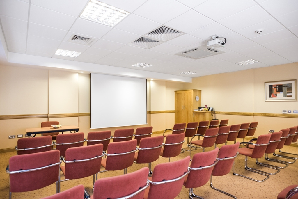 Jurys Inn Sheffield Suite 5