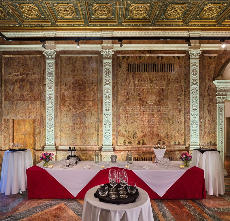 Marble Hall - drinks station