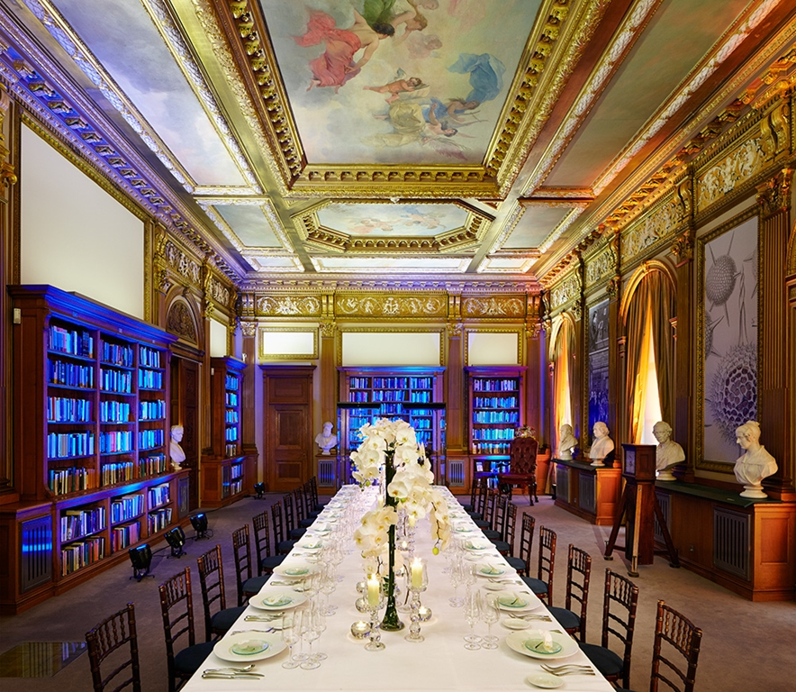 Wolfson Room 1 - long dinner table