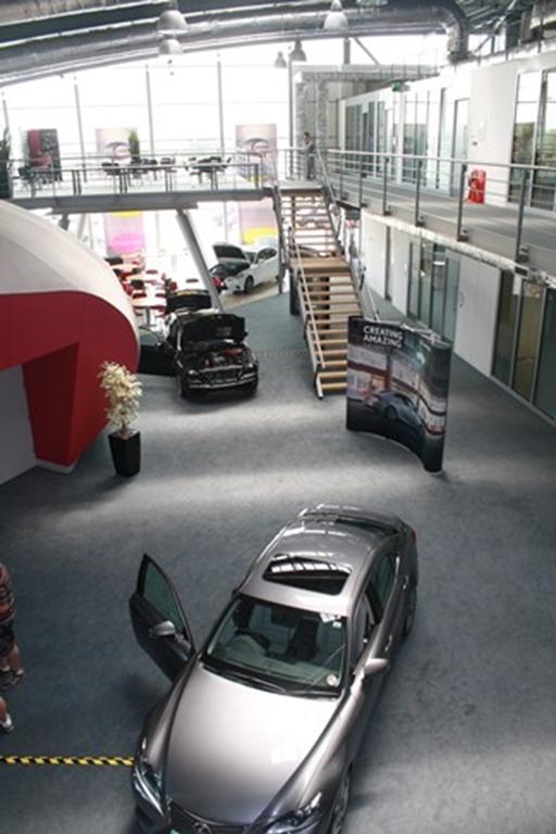 Exhibition space - Circulation area
