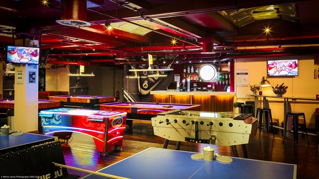 Ping & Pool Hall
