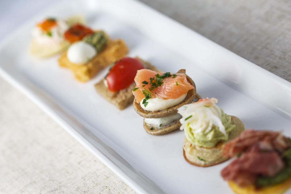 Prepared using fresh ingredients, our chefs have a passion for cooking