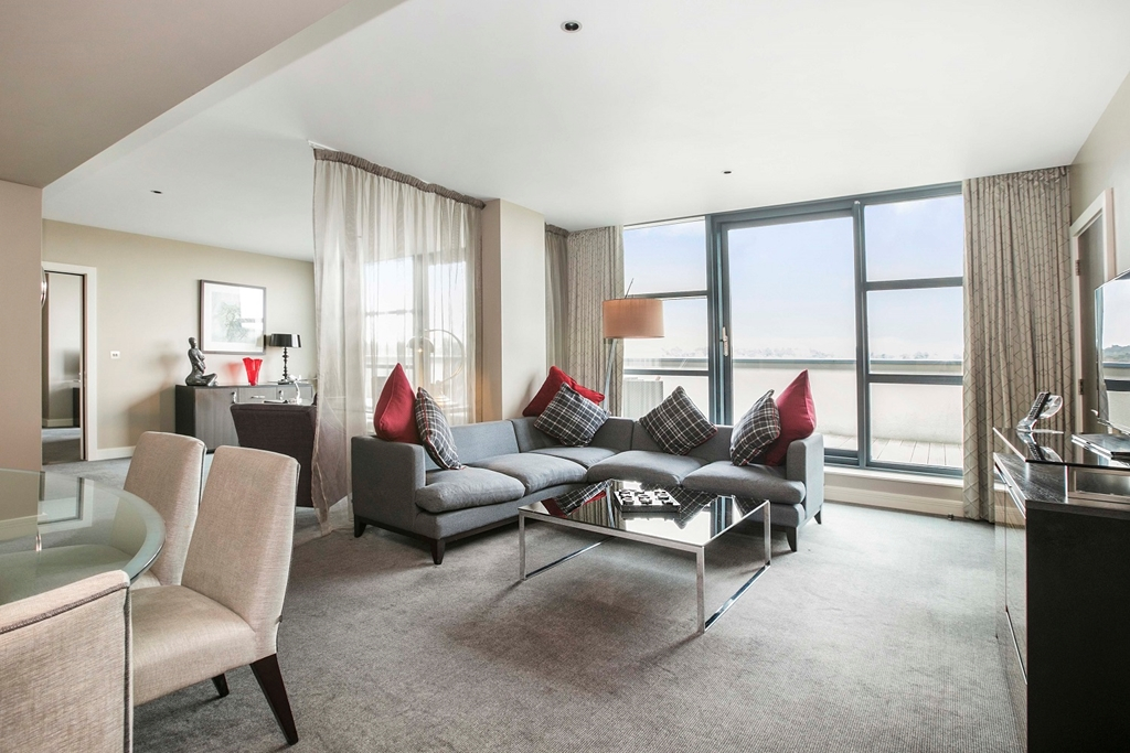 Lounge of Super Suite