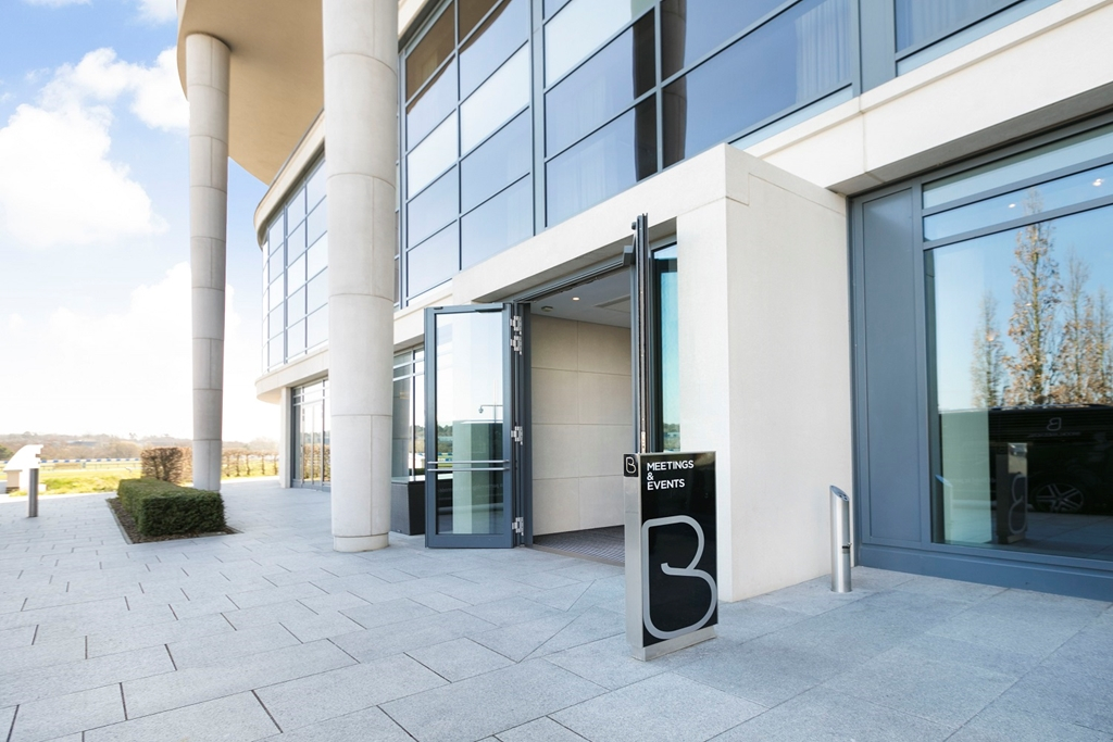 Meetings & Events entrance