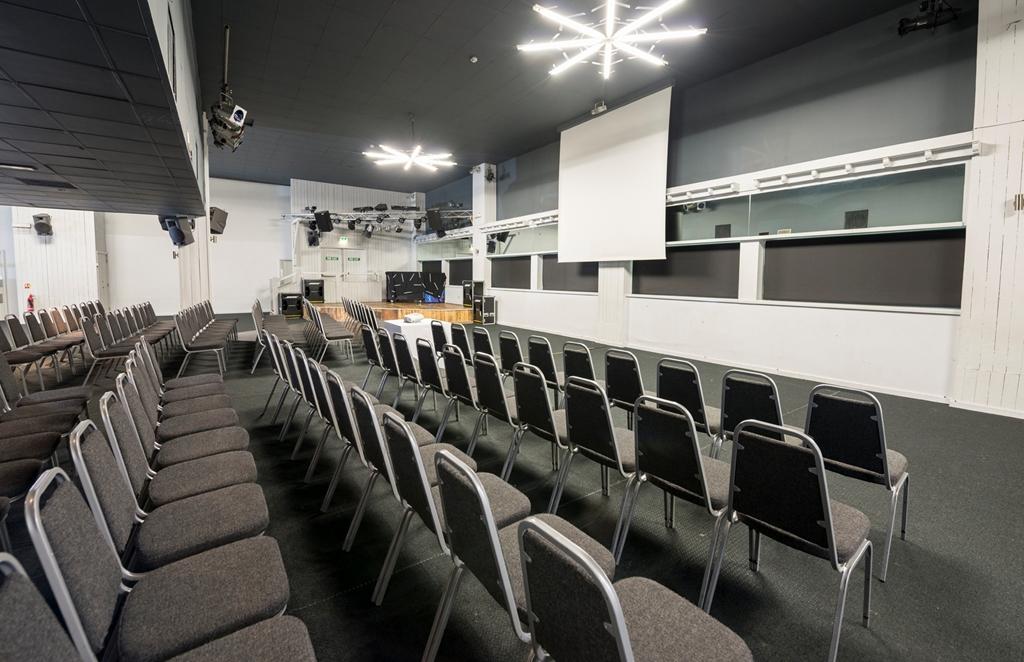 Tirol Suite Theatre