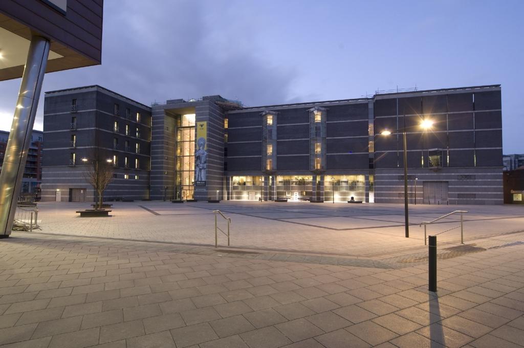 Royal Armouries & New Dock Hall, Leeds