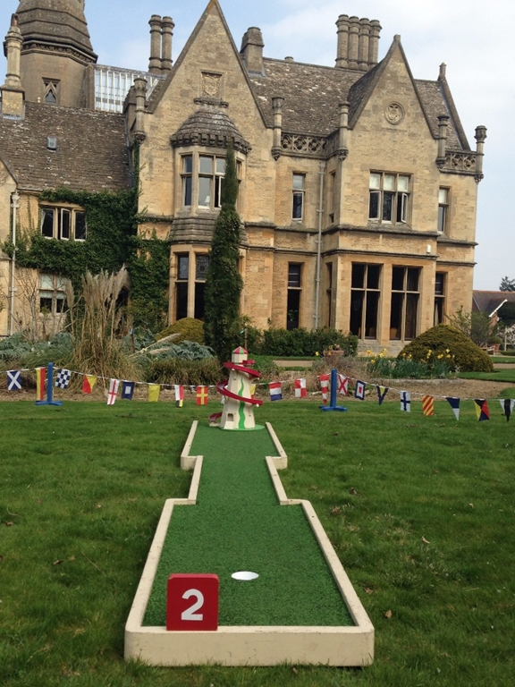 Creative Events - Crazy Golf