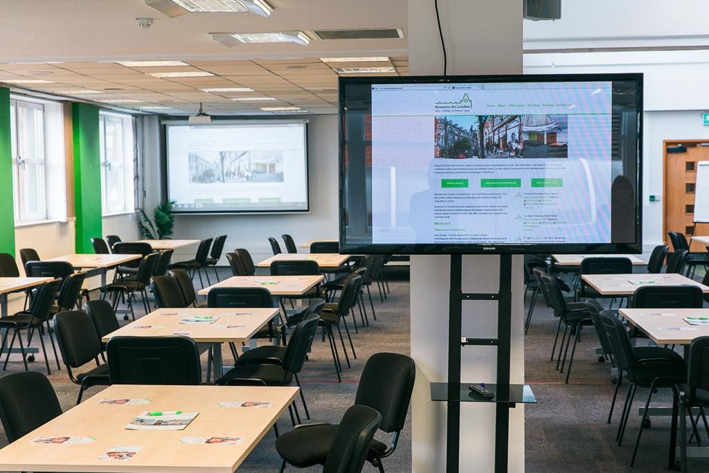 Conference Hall+ Seminar 5