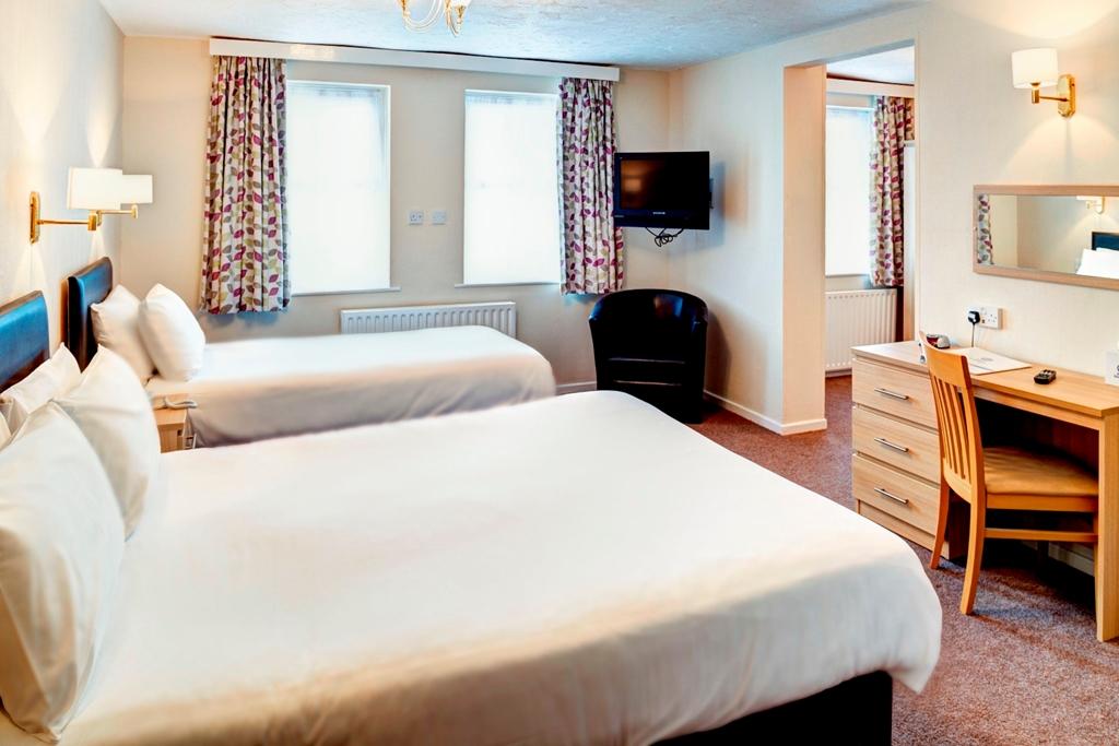 Standard Triple Room (Styles may vary)