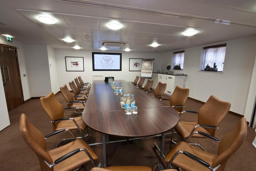 Buckingham Suite - Boardroom