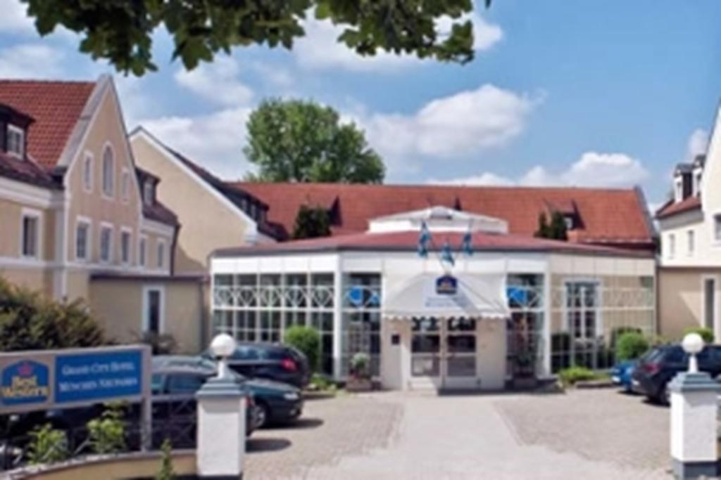 TRYP by Wyndham Munich North Hotel