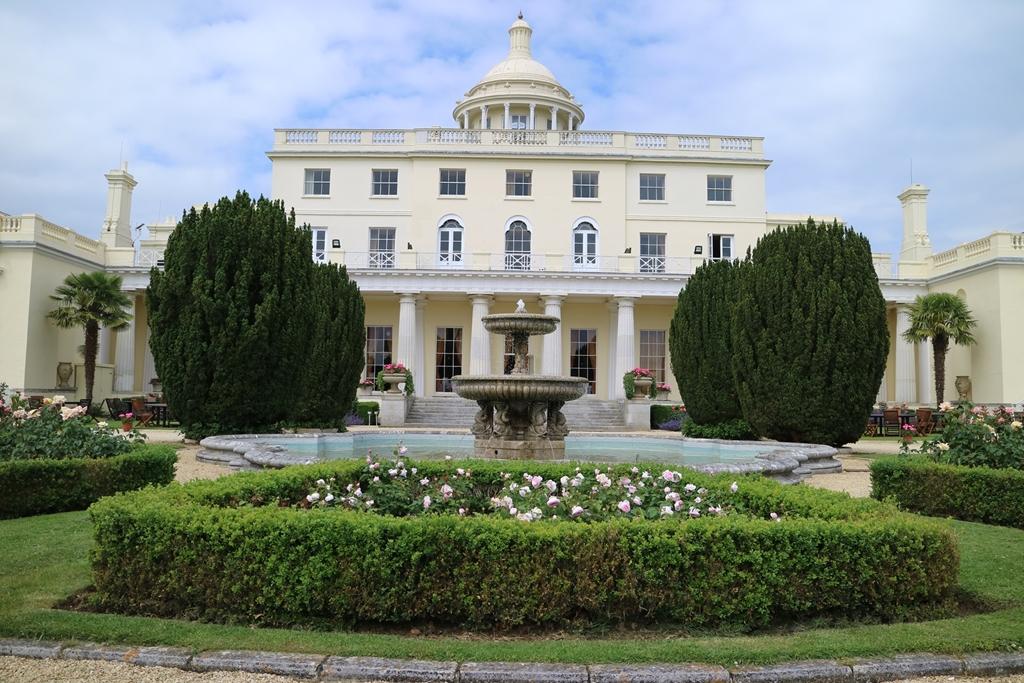 The Fountain Terrace