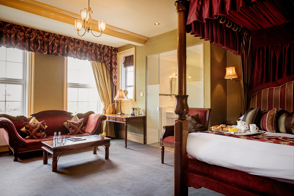 Luxury Four Poster Room