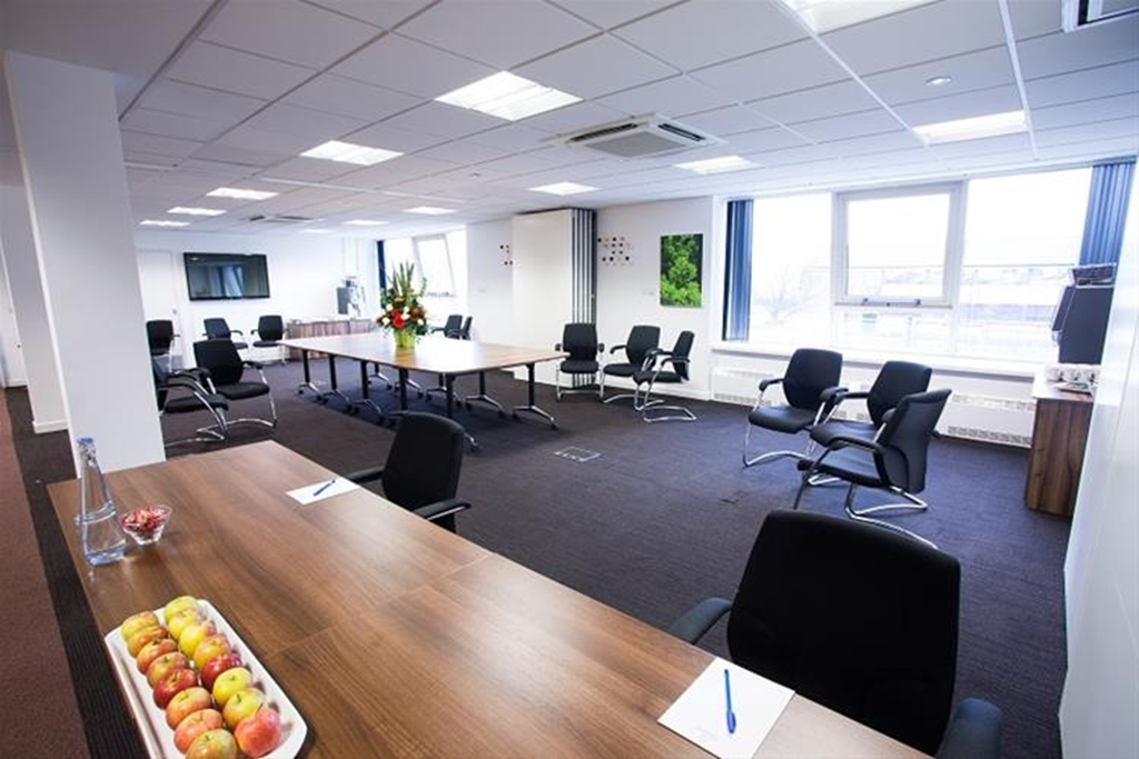The Chestnut Suite, Open Plan for Networking and Exhibitor Space