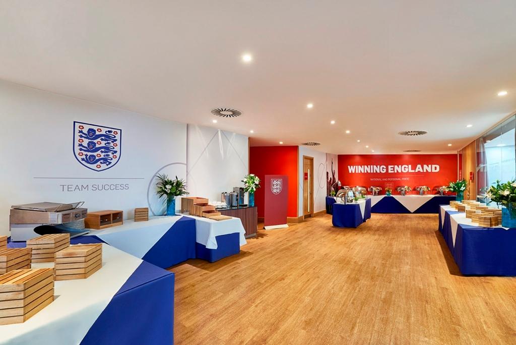Club England Breakout