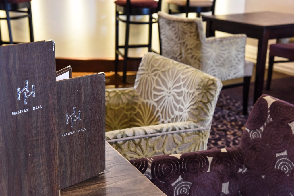 Halifax Hall Hotel - Lounge