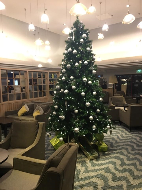 Christmas - Lobby