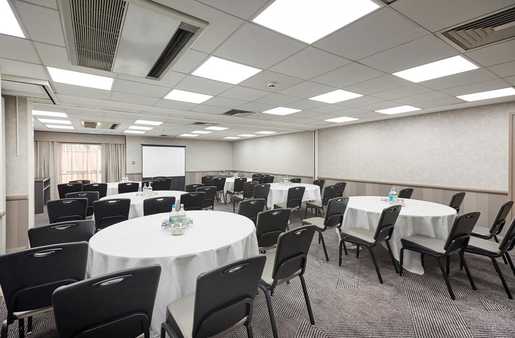 Meeting Room - Cabaret Style