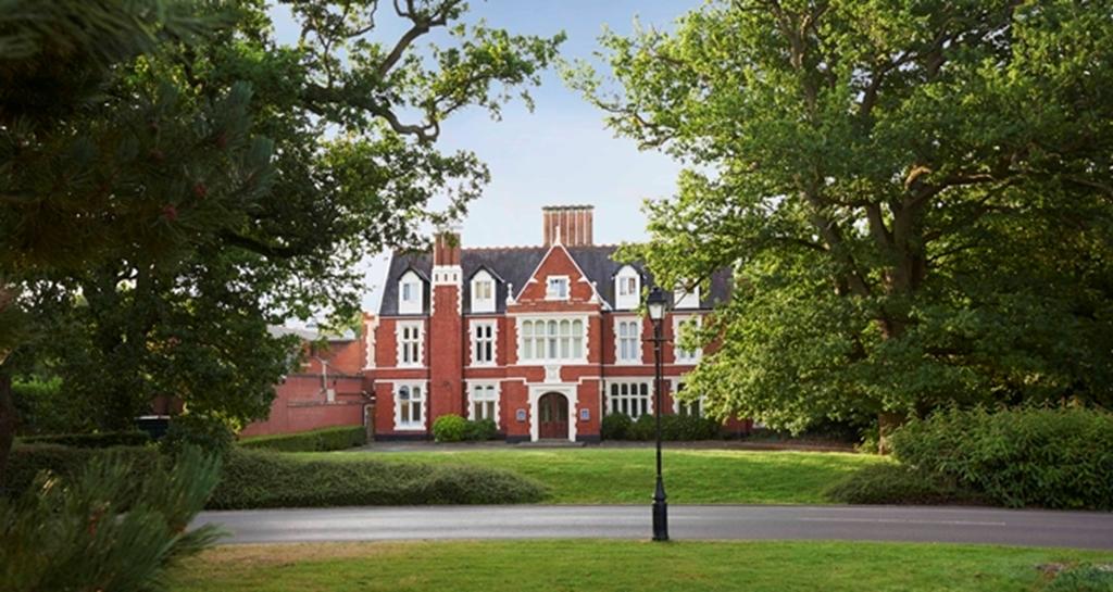 Hilton St Anne's Manor