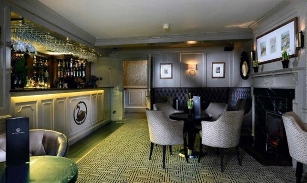 Walton Bar