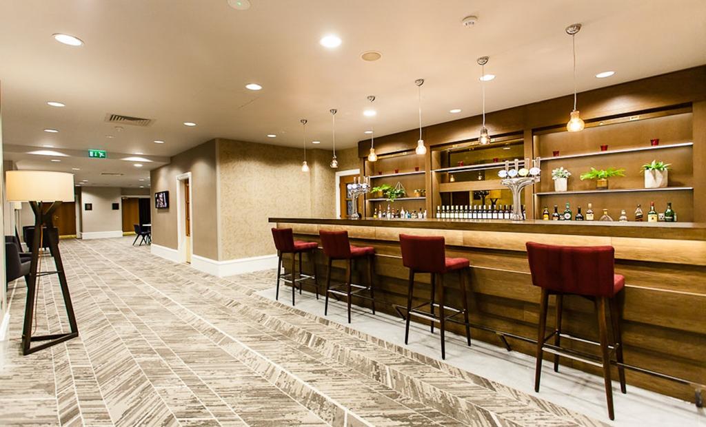 Roundhay Function Bar
