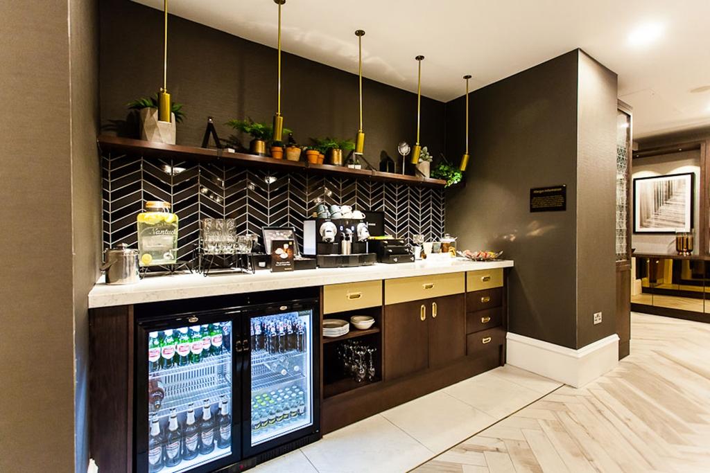 Club Lounge Refreshment Area
