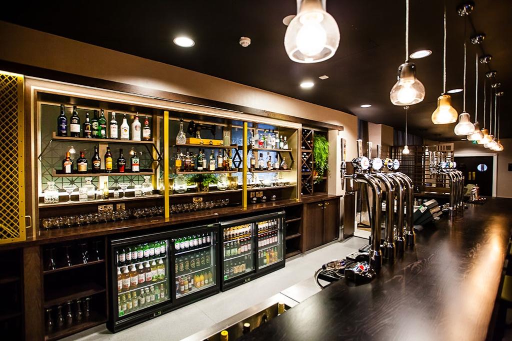 LS1 Hotel Bar