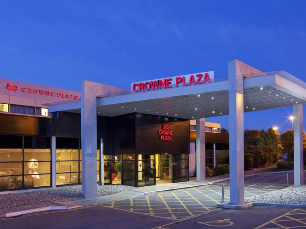 Crowne Plaza Hotel Manchester Airport