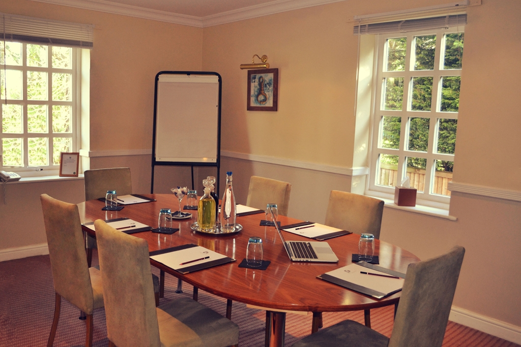 Little Leigh, Hatchmere or Elsworth Meeting Room