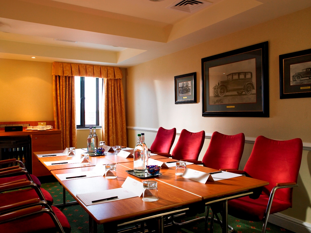 Damlier Meeting Room