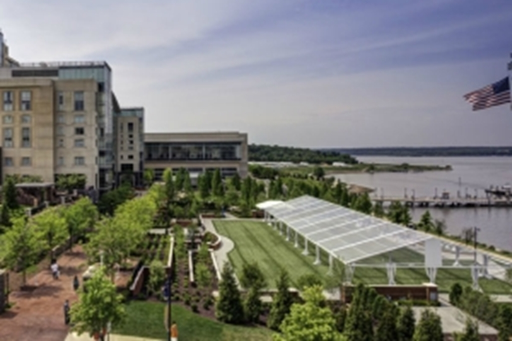 Gaylord National Resort & Convention Center on the Potomac