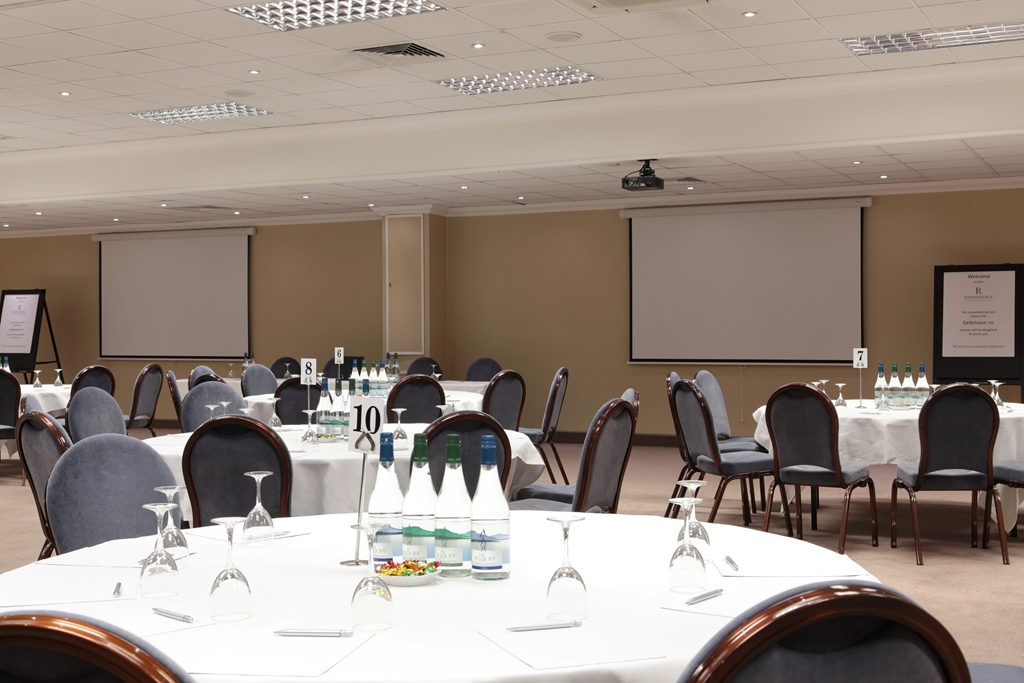 Can be used for dinner Dance, theme events, meetings, wedding receptions