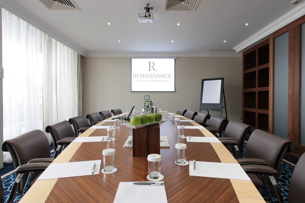 Reading Room - Ideal for conference calls, interviews, meetings