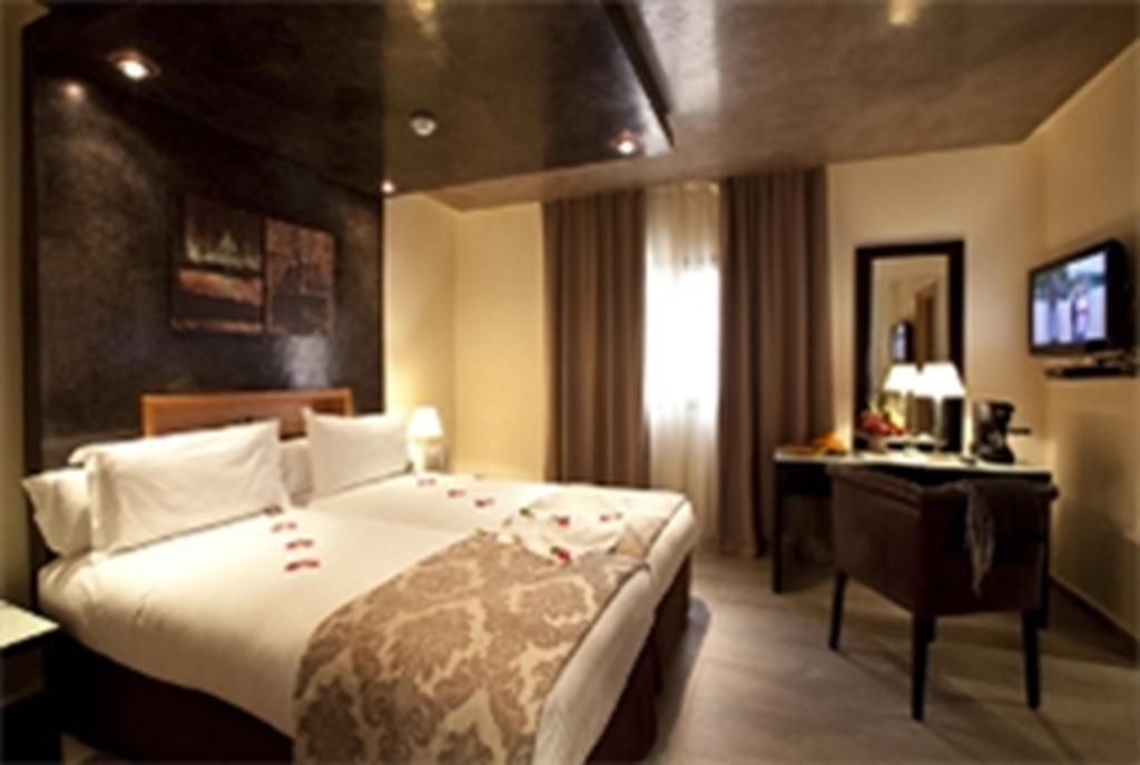 Dellarosa Hotel & Suites Marrakech